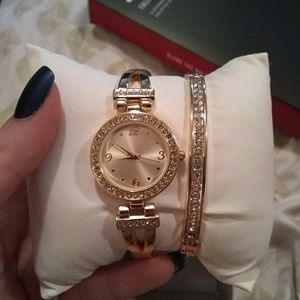 Accessories - Yellow gold plated watch and bracelet